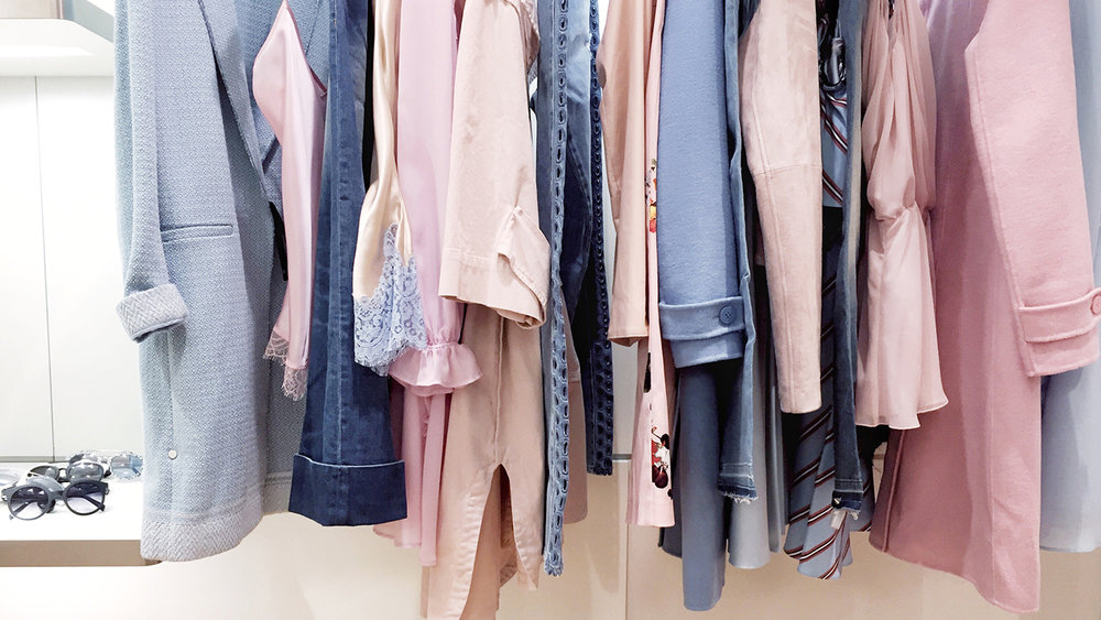 spring-clothes-on-rack-1440x810.jpg