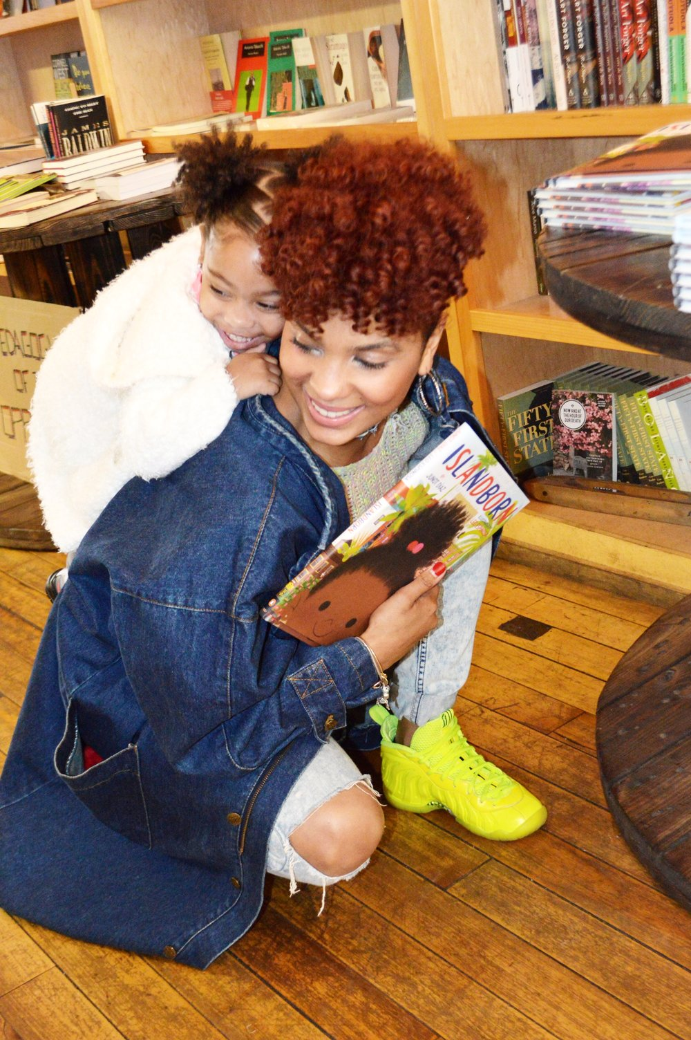 EL TALLER   has become synonymous with the atmosphere of family, good vibes + all around positivity. As a bookstore cafe, it a great place to enjoy good food + read. Model:  Stephanie M.  + her beautiful daughter