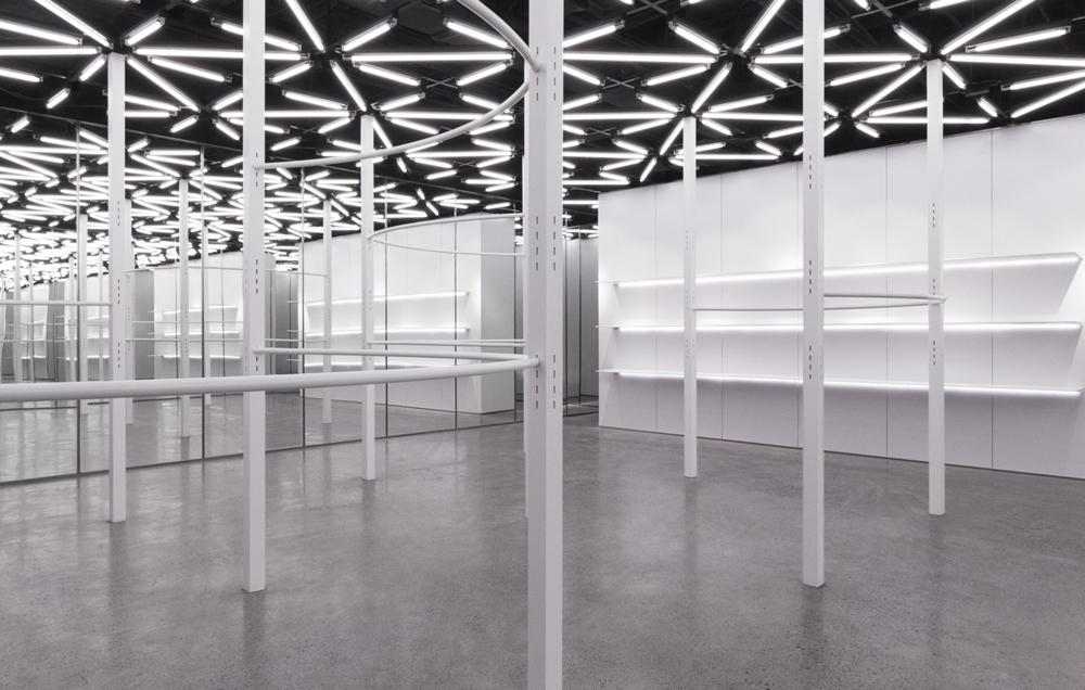 Nicolas-Andreas-Taralis-Visual+Atelier+8-32.jpg