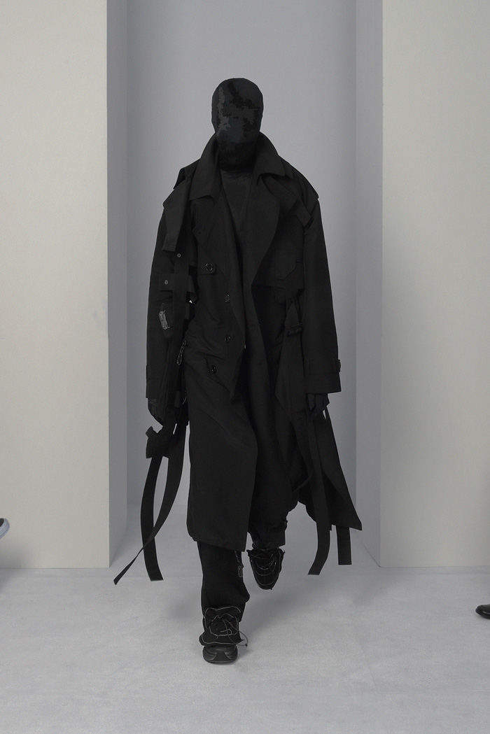 POST-ARCHIVE-FACTION-Visual-Atelier-8-fashion-1.jpg