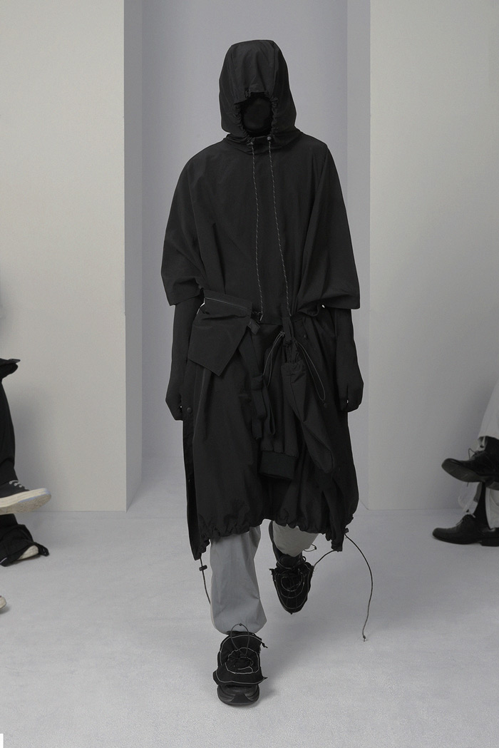 POST-ARCHIVE-FACTION-Visual-Atelier-8-fashion-9.jpg
