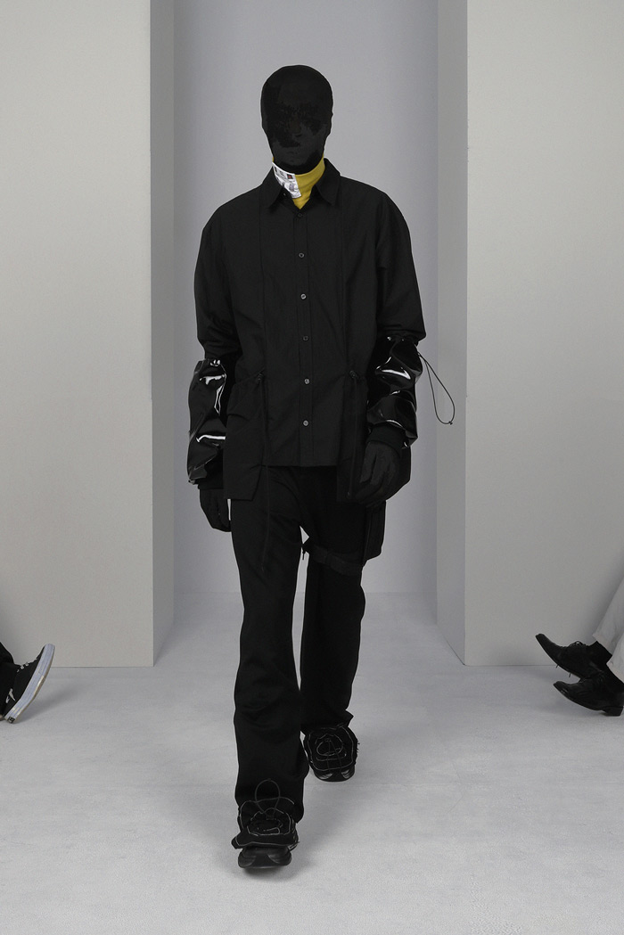 POST-ARCHIVE-FACTION-Visual-Atelier-8-fashion-10.jpg