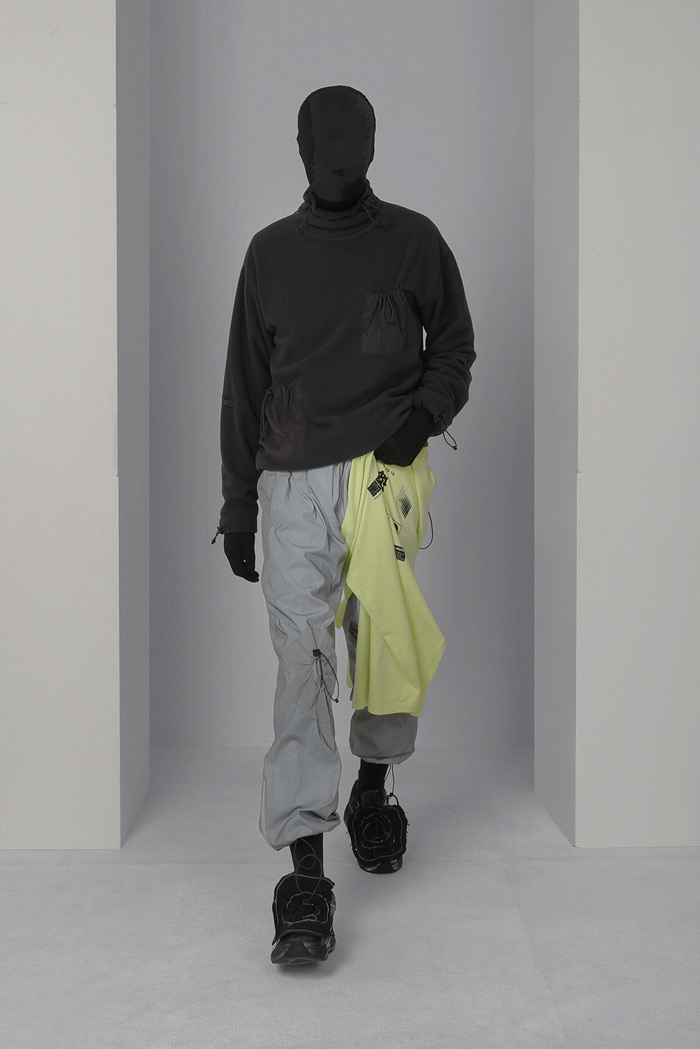 POST-ARCHIVE-FACTION-Visual-Atelier-8-fashion-16.jpg