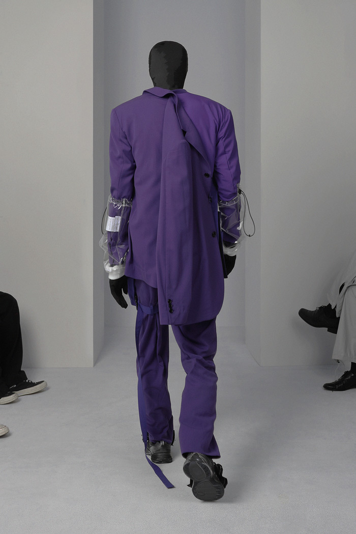 POST-ARCHIVE-FACTION-Visual-Atelier-8-fashion-20.jpg