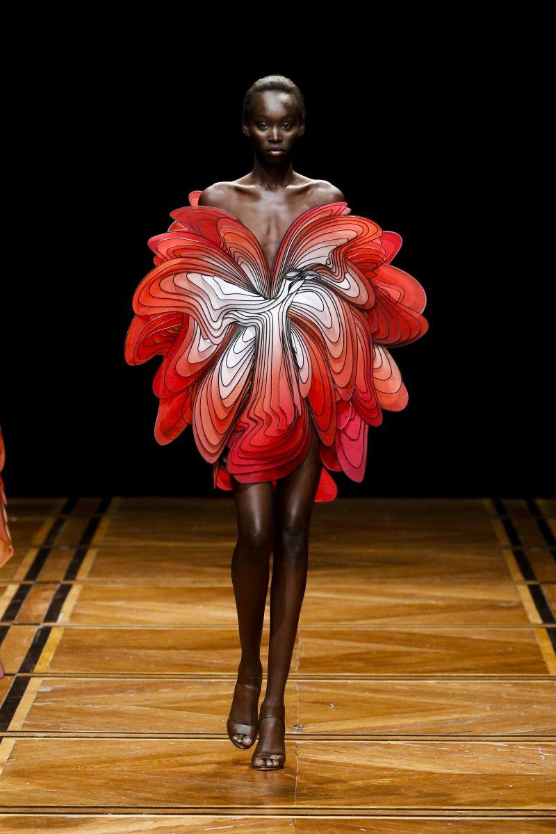 Iris van Herpen-SHIFT SOULS-Visual Atelier 8-Fashion-7.jpg