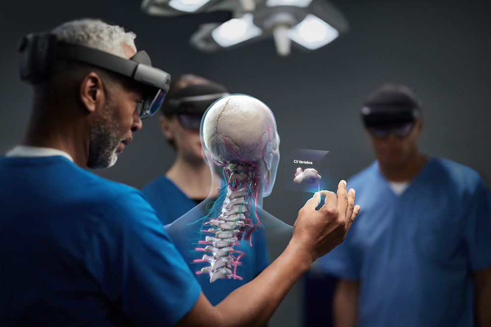 Microsoft-Hololens-2-Visual Atelier 8-Technology-1.jpg
