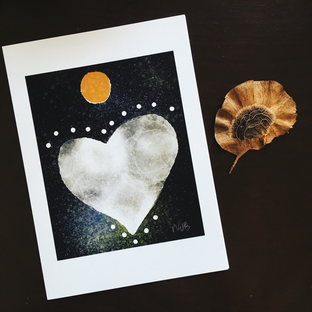 Full moon heart print