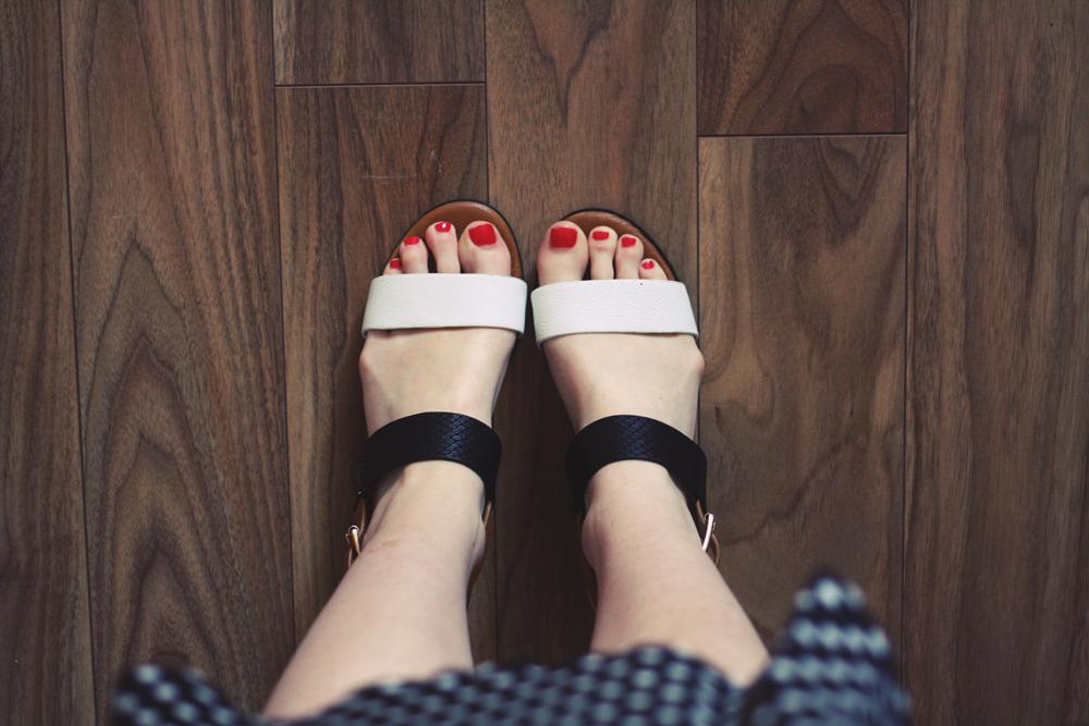 Sandals: Dune