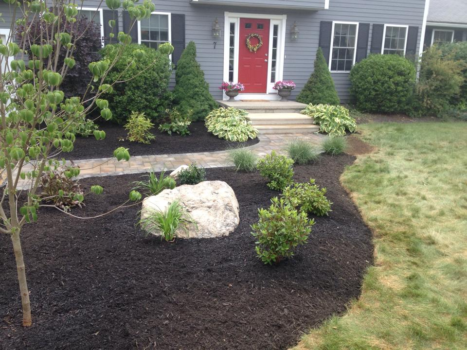 mulch bed 1.jpg