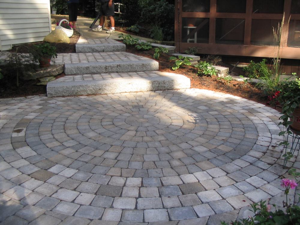 patio and walkway.jpg