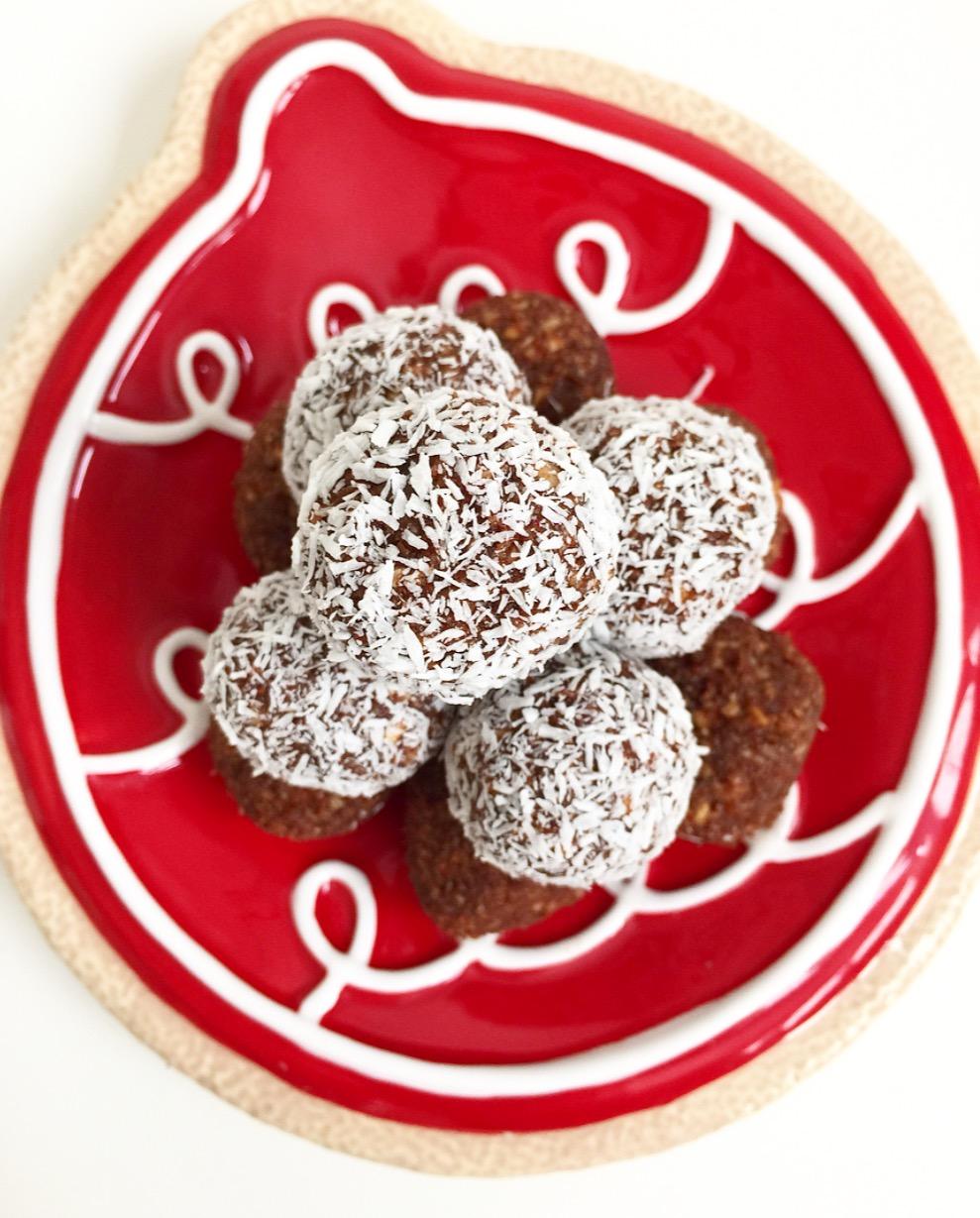 Coconut Cacao Bliss Balls.jpg