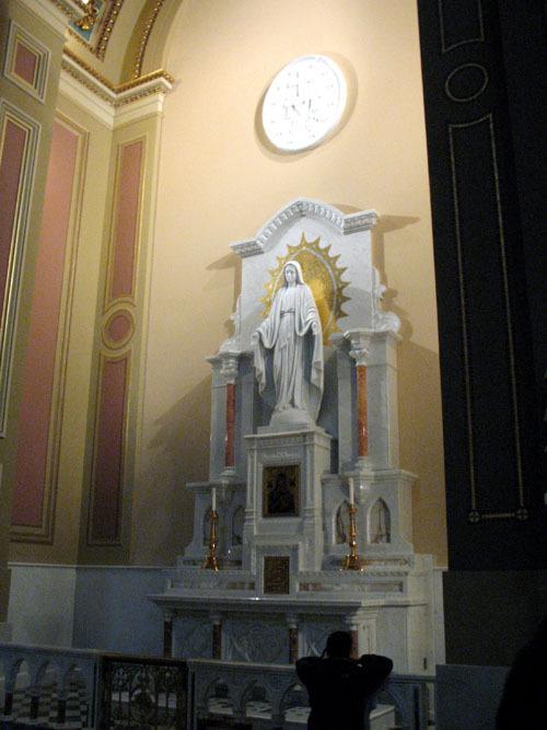 basilicashrine3_web.jpg