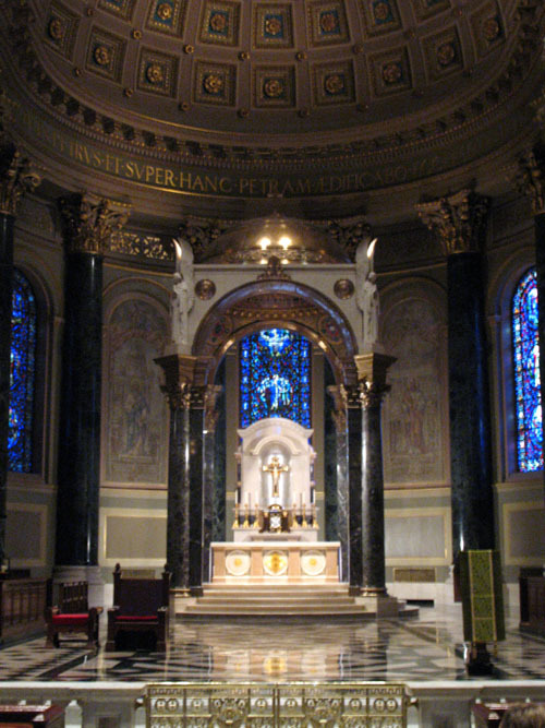 basilicamainaltar1_web.jpg