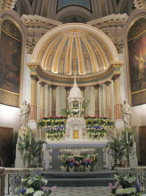 nativityaltar_web.jpg