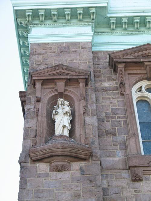 nativitystatue_web.jpg