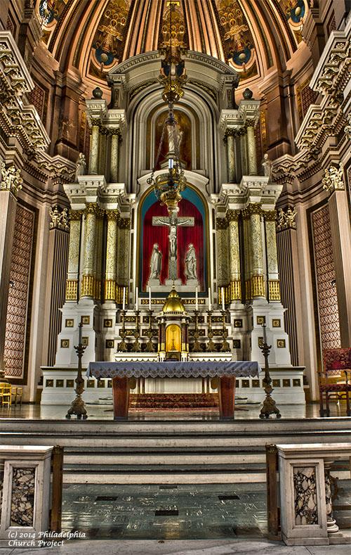 gesu altar 1 hdr web.jpg