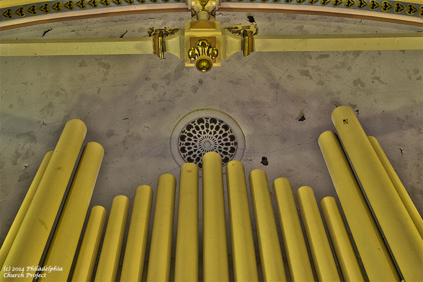 immaculate organ 2 web.jpg