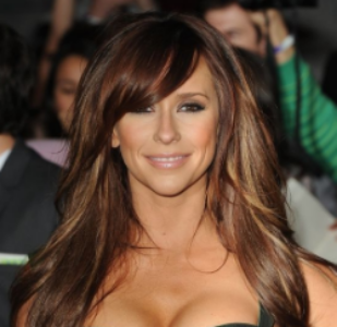 Quelle: Celebuzz, Jennifer Love Hewitt at 'Breaking Dawn' Premiere Celebuzz