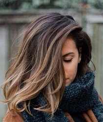 Quelle: Glamourista Hairstyles and hair tutorials