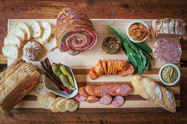 Rule 1 of charcuterie spread photography: move quickly because it won't last long! #charcuterieboard #housemade #meatlocal #wholeanimalbutchery #sustainableagriculture #oldworldstyle #simple #meatpicnic 📷: @brianhueske