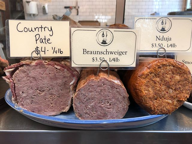 Pro Tip: Thursday's are the best days to shop the case! It's fully stocked with deli meats and charcuterie for the week.  #housemade #localfood #meatlocal #wholeanimalbutchery #eatrealfood