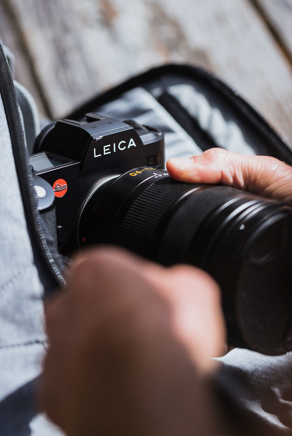 leica-gear-patrol-jeff-j-cp-2018-04.jpg