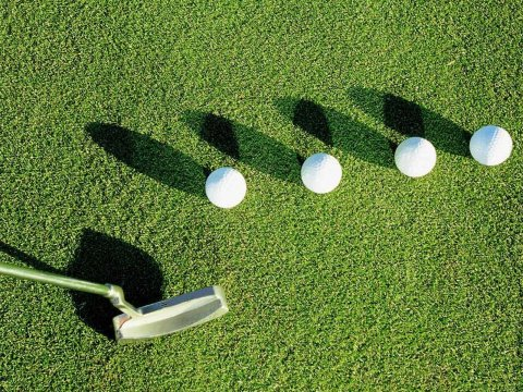 4-golf-balls-in-grass_90925-480x360.jpg