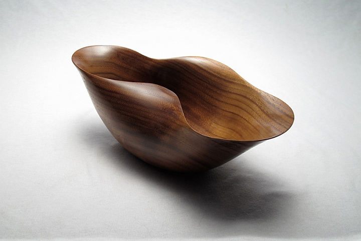 Walnut Bowl 13.jpg