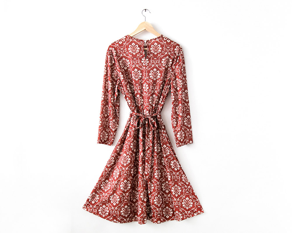 RevivalVintage_Dress_01.jpg