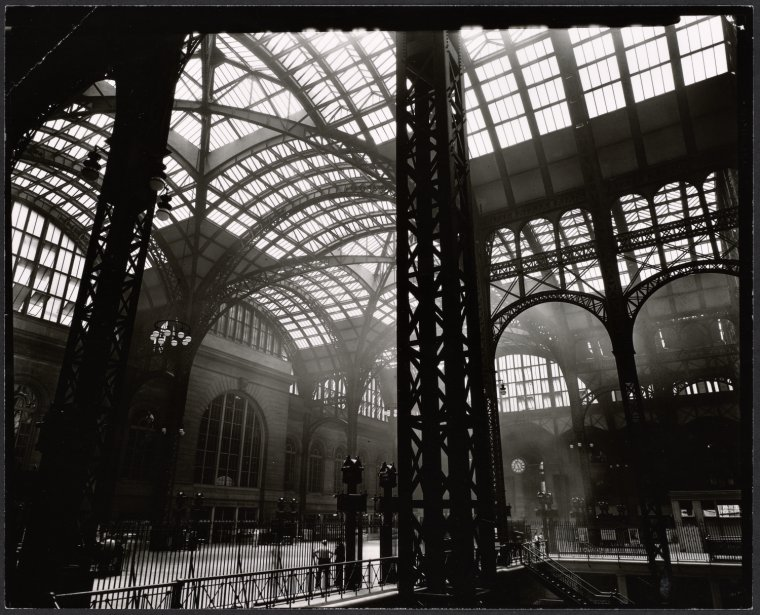 Interior of the original Penn Station taken in 1935 by Berenice Abbott. Photo courtesy of the NYPL.