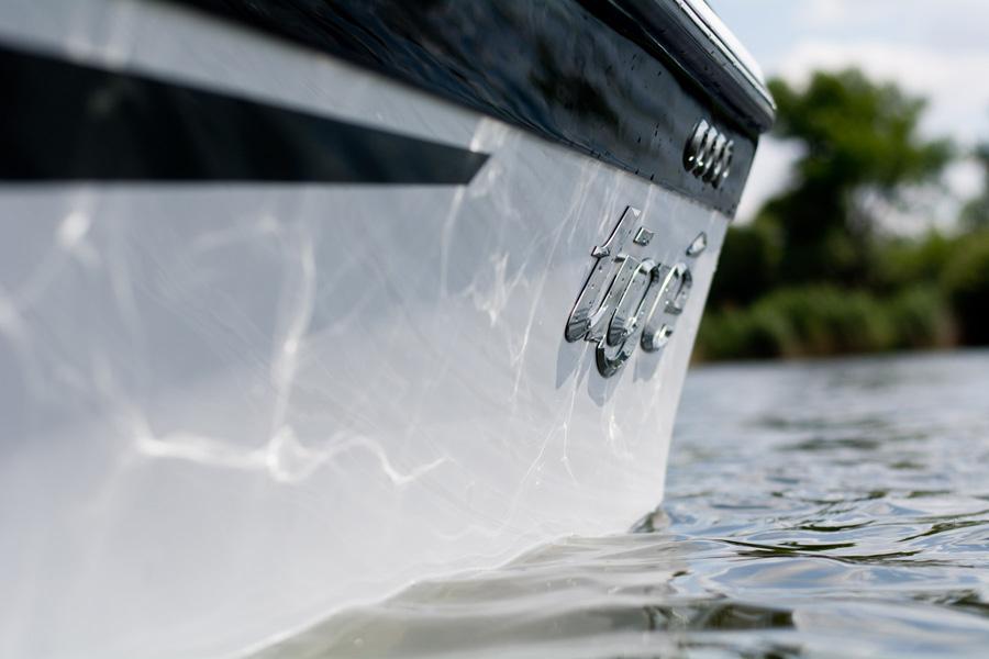 Tige boats