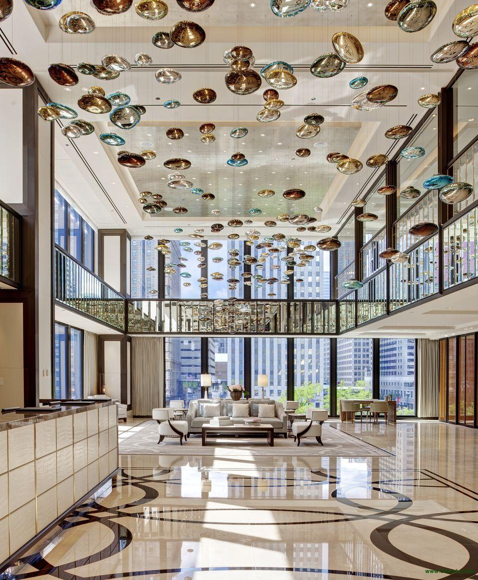 The Langham, Chicago: A luxury hotel
