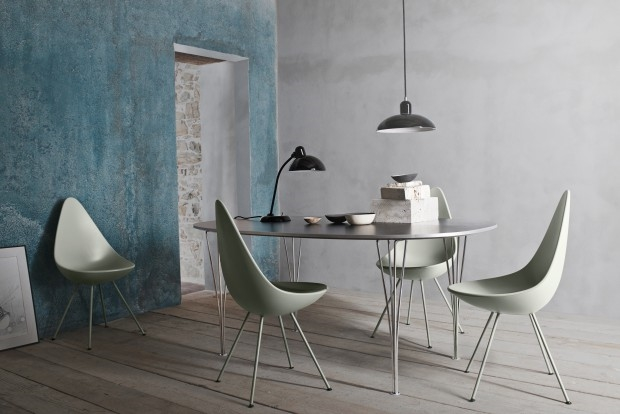 The Drop Chair by Arne Jacobsen / Fritz Hansen