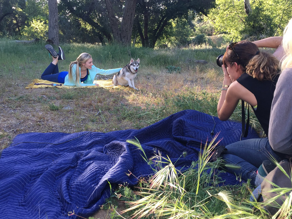 behind-the-scenes-dog-photographer-for-natural-balance-dog-food-commercial-campaign-girl-with-dog-picnic.jpg