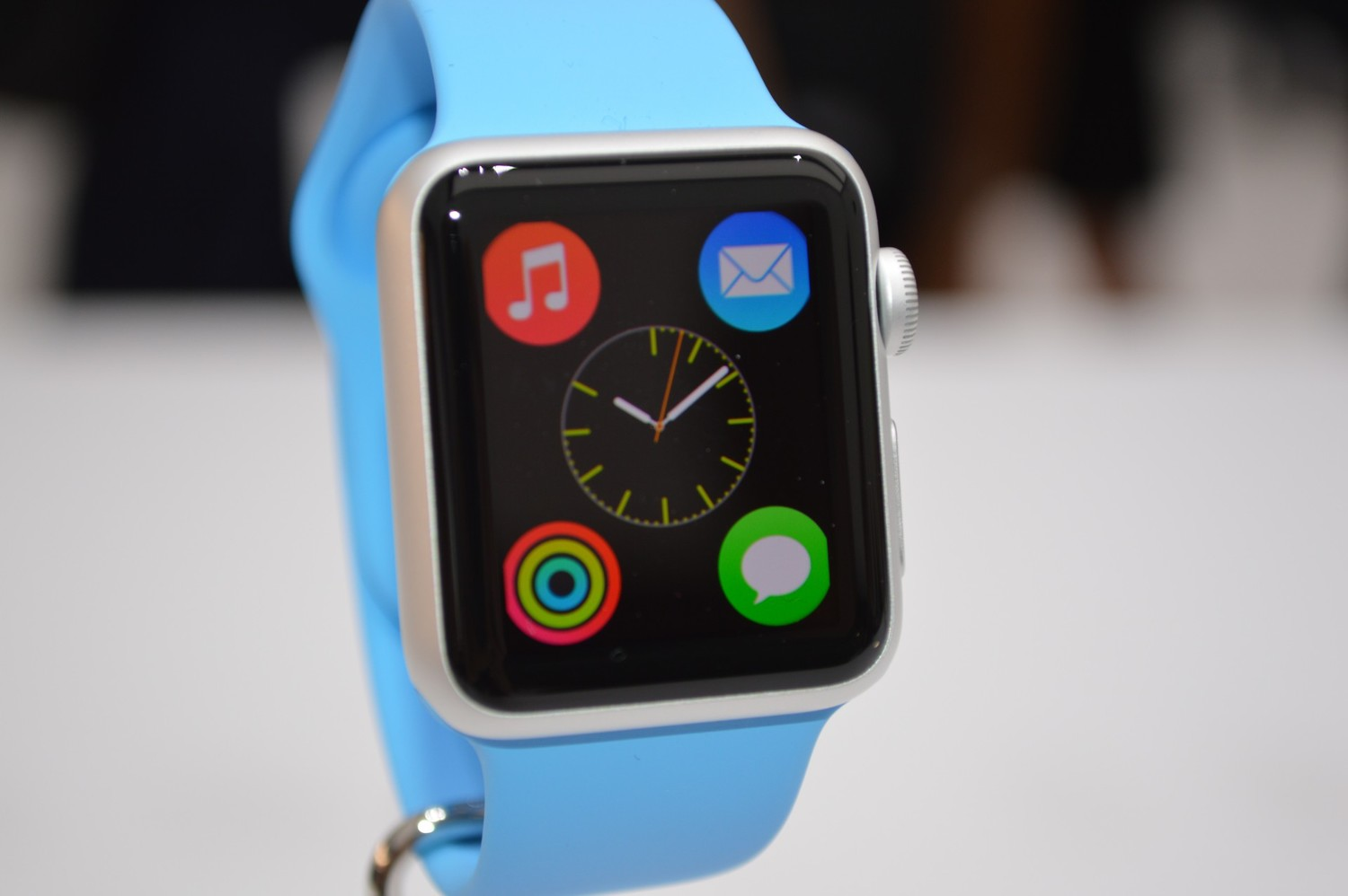 Initial Apple Watch reviews predict success and point to the future