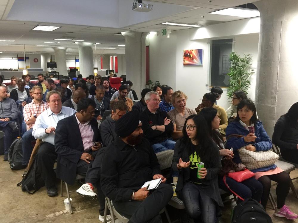 apple-watch-meetup-audience