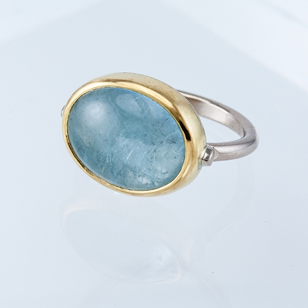 Atlas Ring with Large Oval Aquamarine