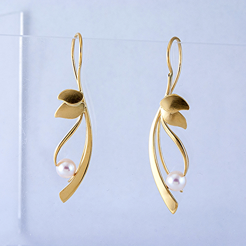 Reeds Earrings with Akoya Pearls