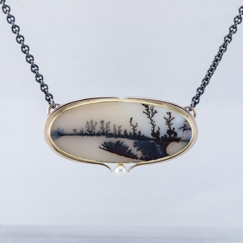 Wintery Dendritic Agate Necklace