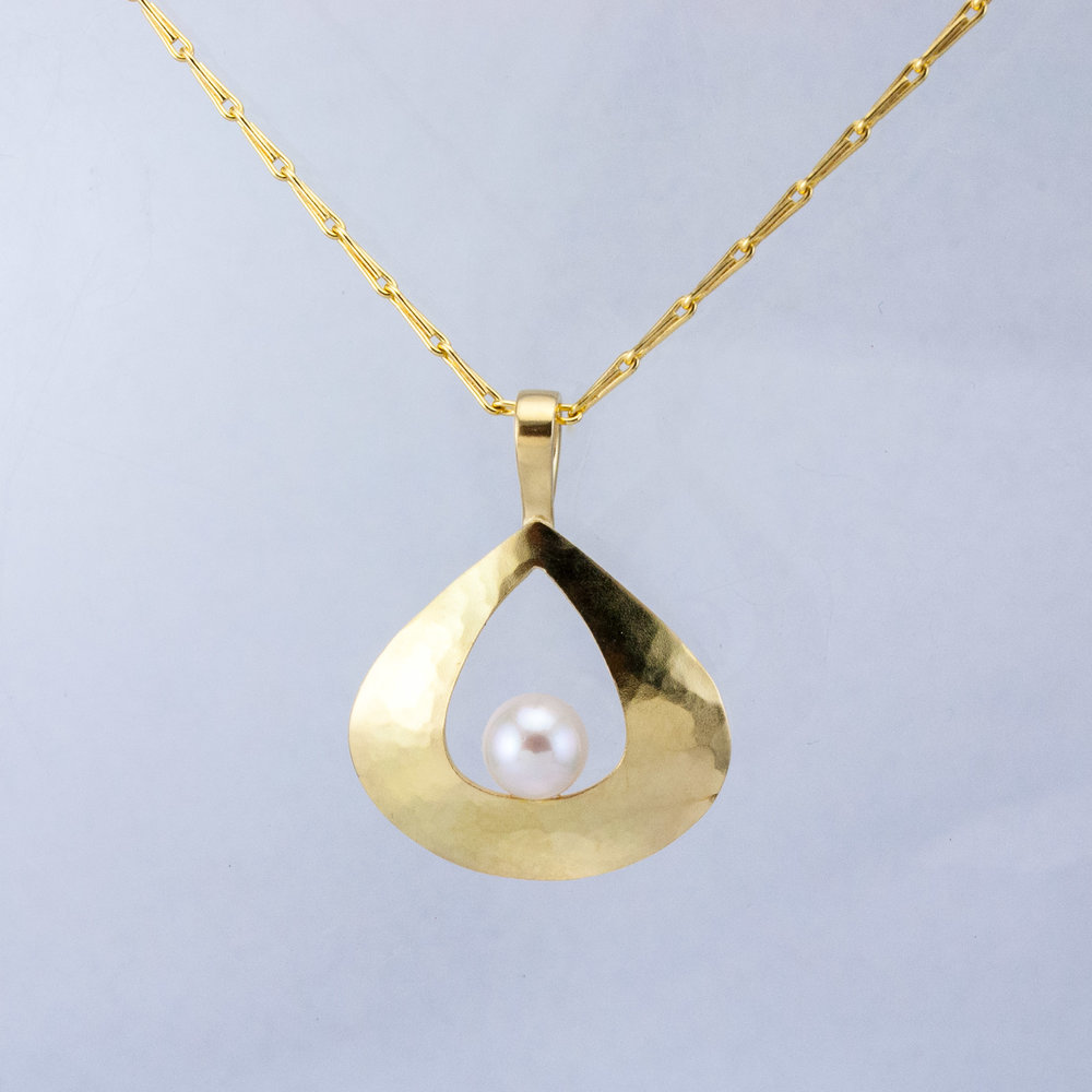 Luna Pear Pendant with Akoya Pearl