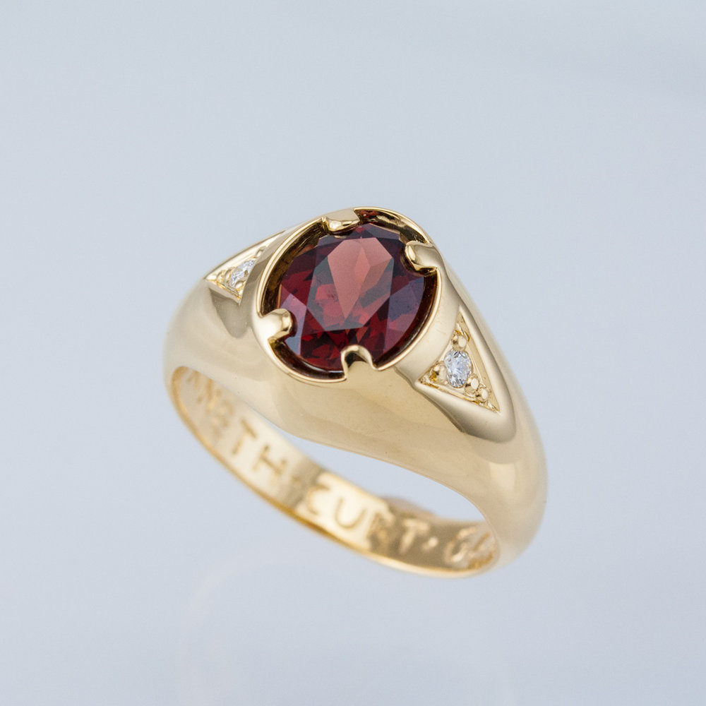 Man's Garnet Ring