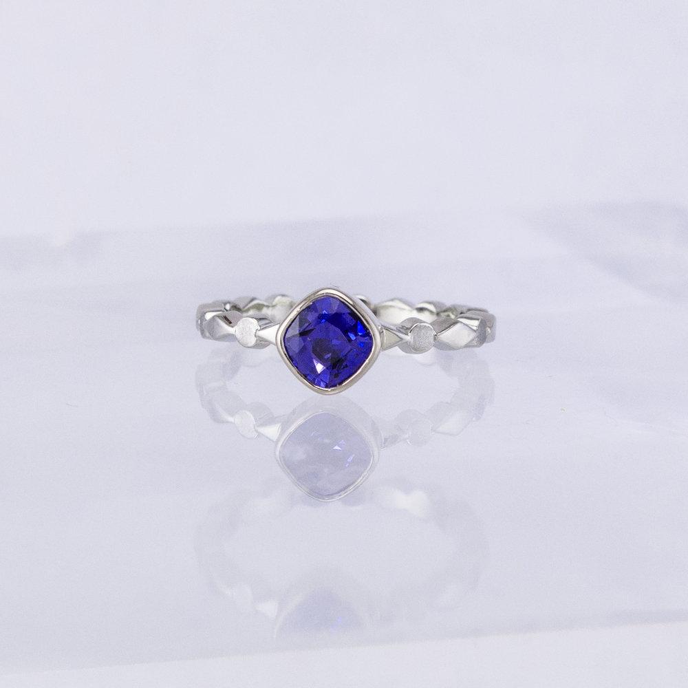 Harlequin Purple Sapphire Solitaire