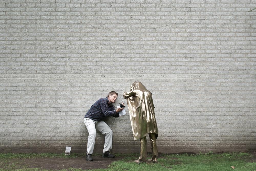 La touriste-photographe  . Photo par Raphaël Thibodeau