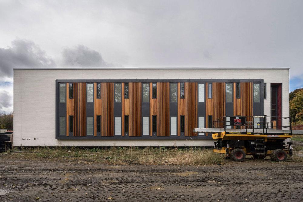 <<<<< BACK  Centre de la jeunesse et la famille Batshaw -  STOA architecture  Documentation chantier - fév. 2016 © Raphaël Thibodeau