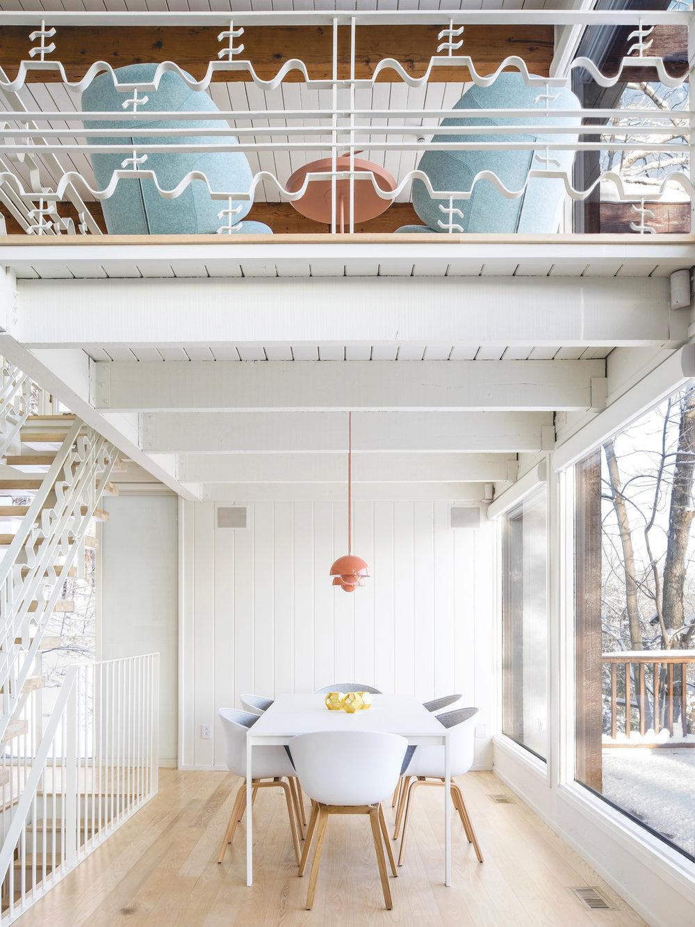 <<<<< BACK  Résidence Maribou, par  Alain Carle Architecte  © Raphaël Thibodeau