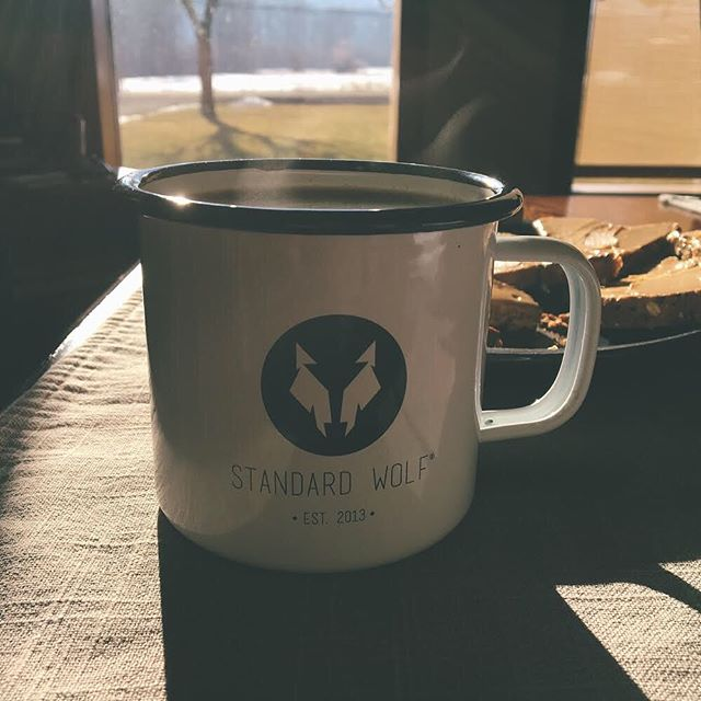 Enjoy your morning #coffee or #tea this winter out of our classic #enamel #mugs. ☕️ The mugs are featuring the StandardWolf® registered trademark and are constructed out of 0.5mm enamel coated #carbon #steel. Visit the link in the bio to get yours today for home or to bring with you on your next #adventure. #standardwolf #indiebrand #shoplocal