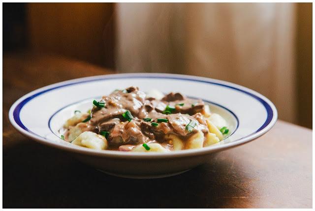 beef stroganoff with gorgonzola gnocchis