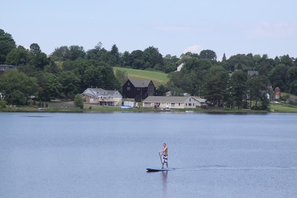 Paddleboarder Lake Gardner