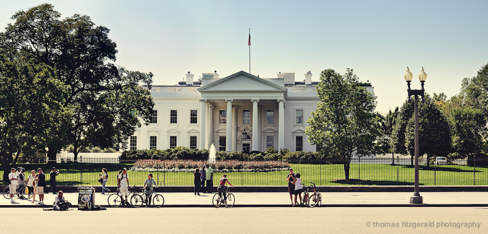 Panorama of the Whitehouse, Washington DC, Nikon D700