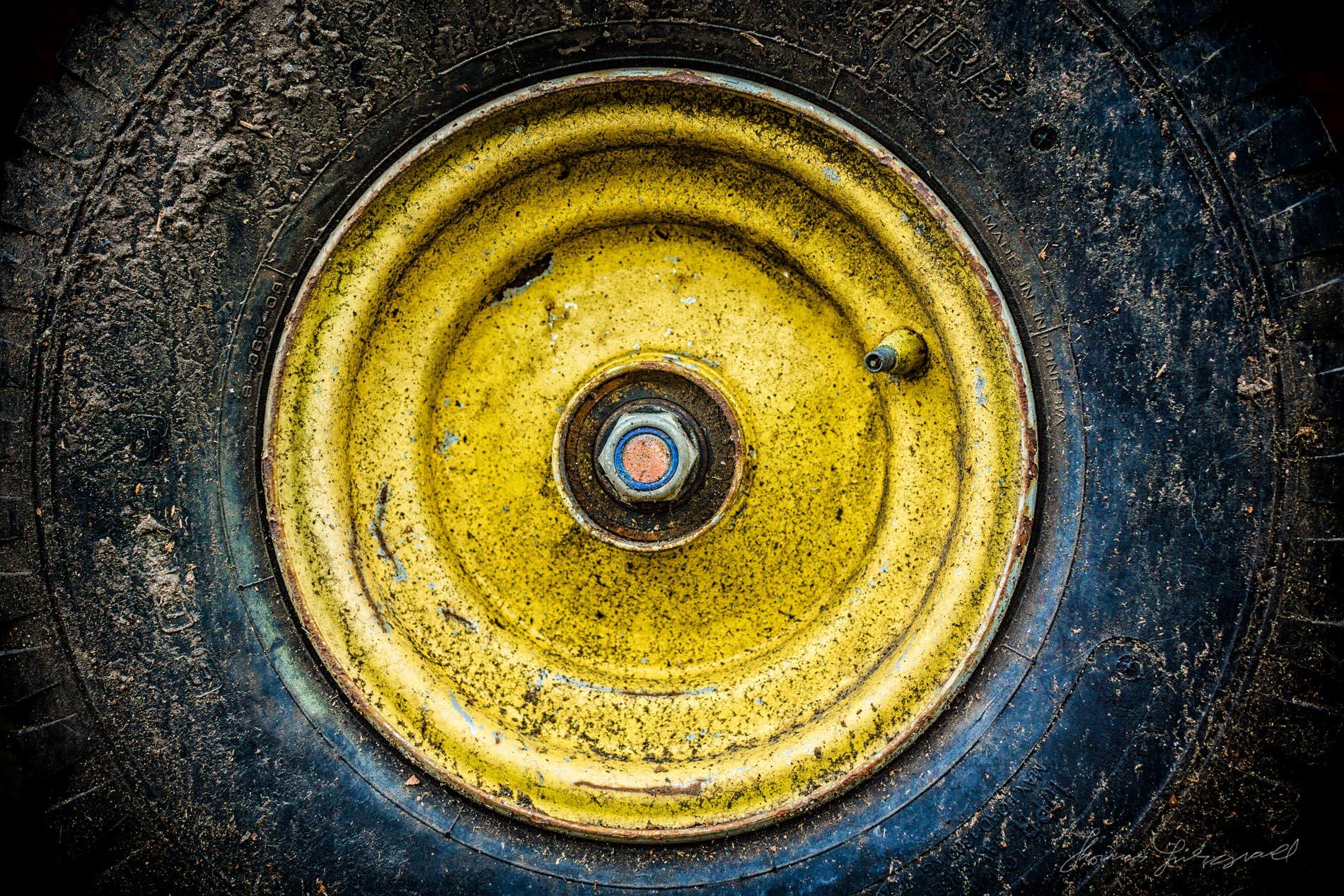 Grungy wheel